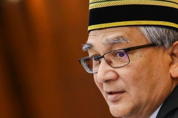 Sabar, tunggu dan lihat: Speaker Dewan Rakyat