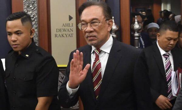 Dewan Rakyat: Anwar Dilantik Ketua Pembangkang